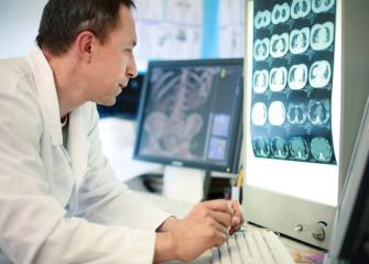 medical scientists image